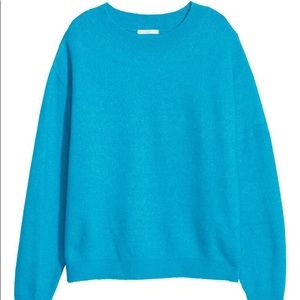 NWT H&M fuzzy sweater in turquoise